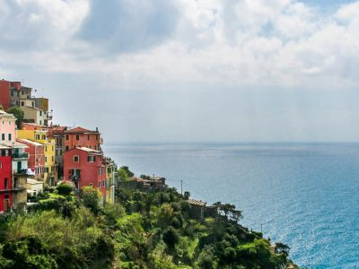 BURNOUTS AND NEW BEGINNINGS – Searching myself in Cinque Terre, Italy